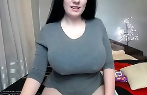 Huge tits white dame squirt on webcam