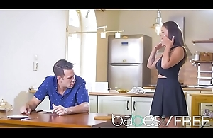 Babes Unleashed - (Angelina Brill, Kai Taylor) - The Well-disposed Wife