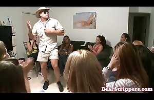 Bobby-soxer sluts dicksucking and get groped