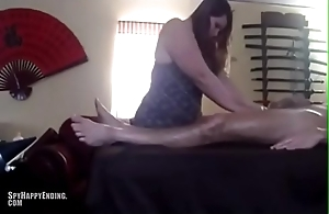 She can'_t thumb one's nose at stranger engulfing his cock during massage - SpyHappyEnding.com