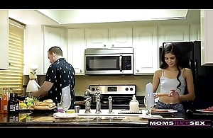 Horny Wed Makes Step Daughter Market garden Cock To the fullest extent a finally Paterfamilias Cooks S7:E8