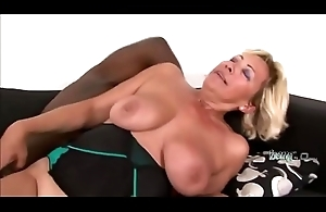 Smoking hot GILF is about to succeed in slammed by a BBCbefore-hi-2