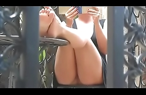 Cams4free.net - Upskirt Milf Reading Book Barefoot